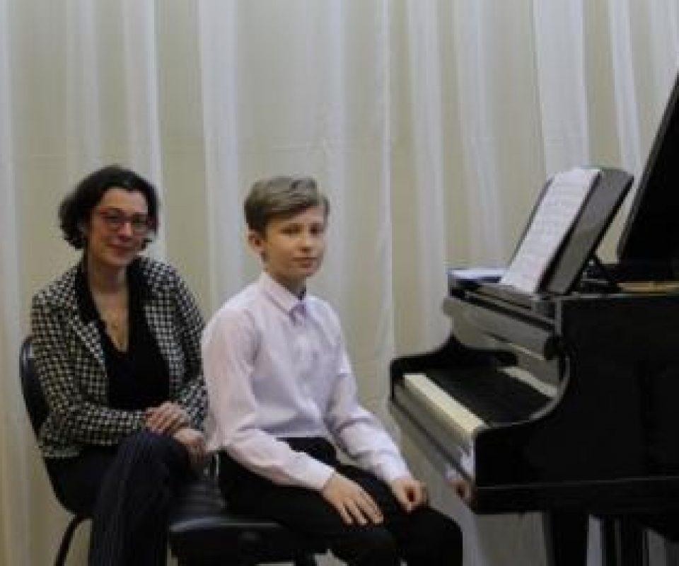A.-Ivanov-Master-klassy-E.-Nemirovich-Danchenko-03.04.2019-Lihoslavl-Tverskoj-oblasti-.jpg
