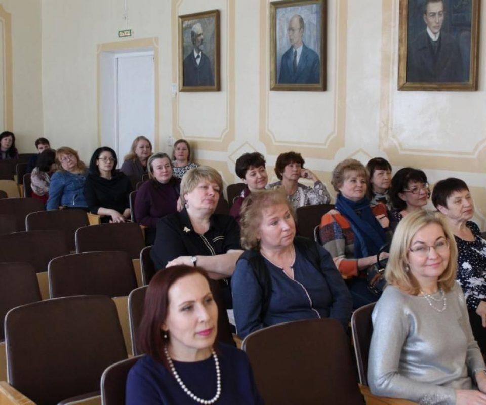 Master-klassy-E.-Nemirovich-Danchenko-04.04.2019-Rzhev-Tverskoj-oblasti-.jpg