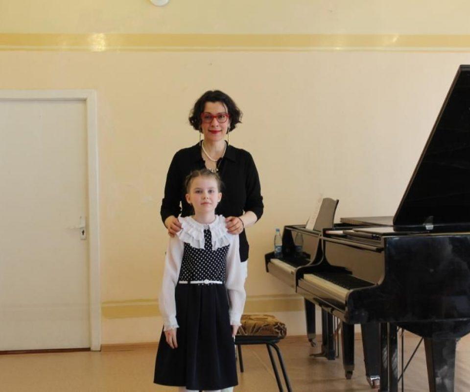 P.-Gluzhneva-Master-klassy-E.-Nemirovich-Danchenko-04.04.2019-Rzhev-Tverskoj-oblasti-.jpg